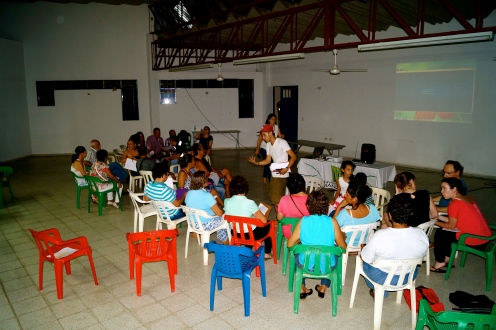 Community workshop in Guayabal.